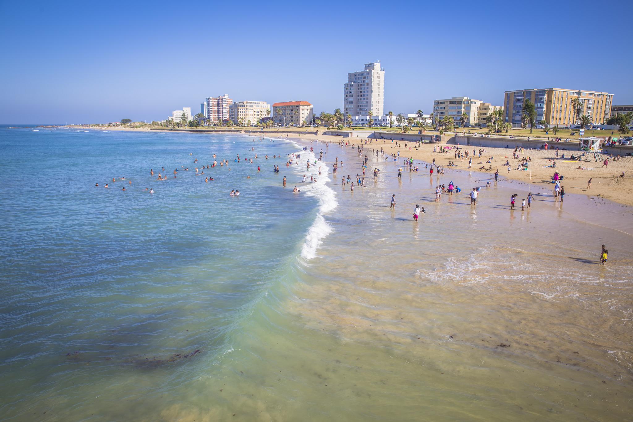 Olha a praia em Port Elizabeth!