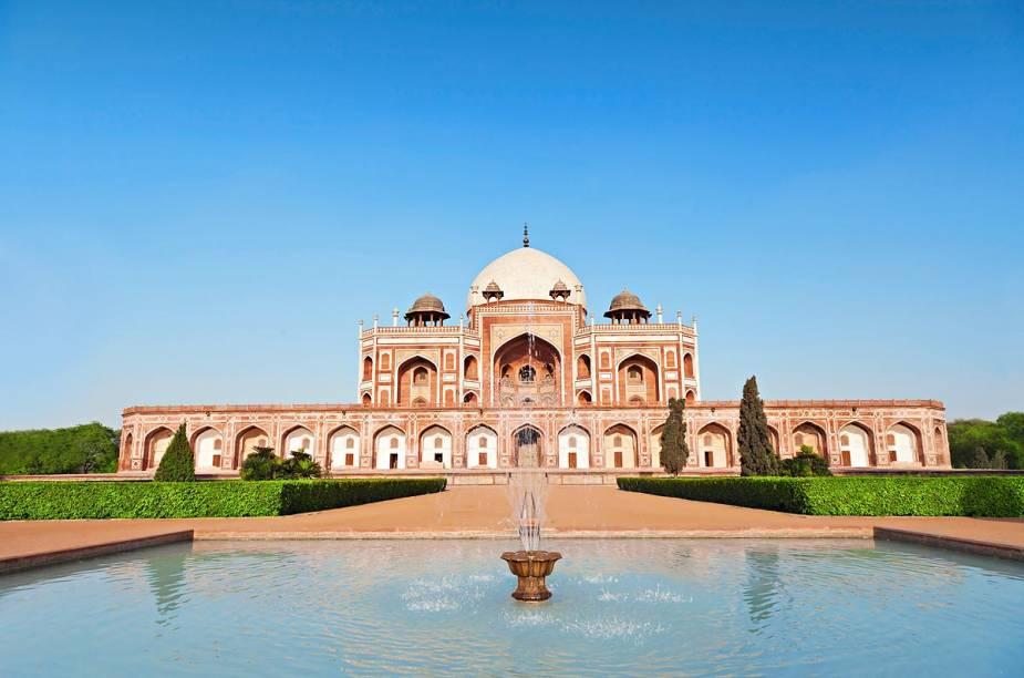A Tumba de Humayun, em Délhi, que serviu de inspiração para o Taj Mahal