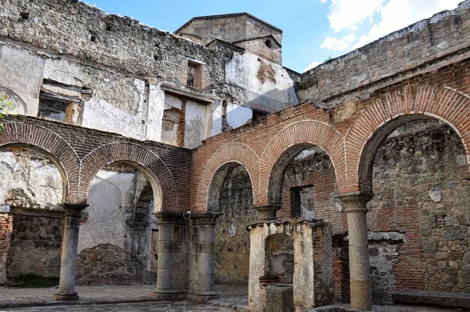 Ruínas do Castelo de Mombeltrán
