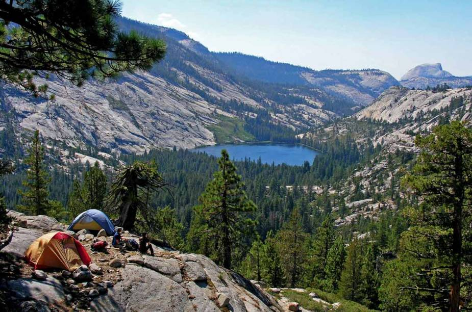 Acampamento no Parque Nacional de Yosemite