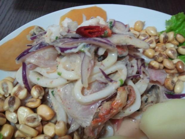 Ceviche misto de frutos do mar: NHAM!