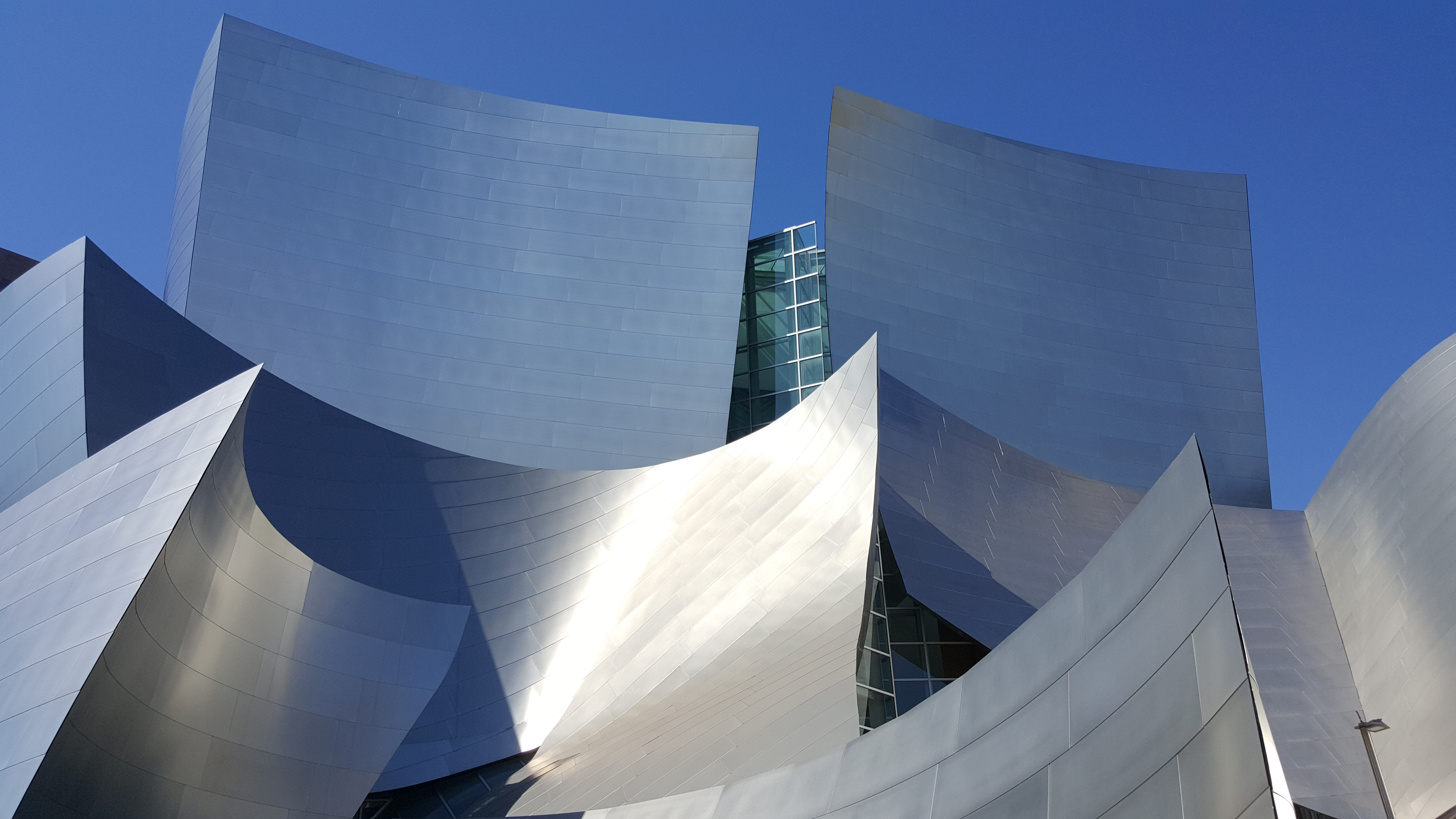 Disney Concert Hall do arquiteto canadense Frank Gehry