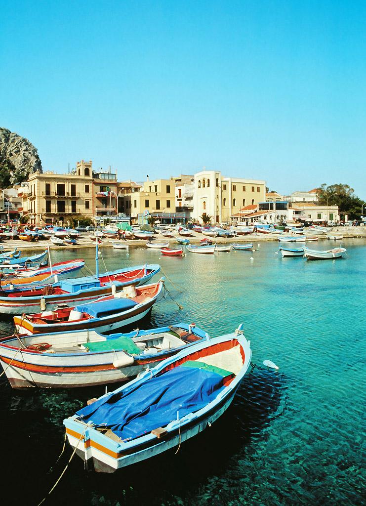 Barcos na Sicília, Itália