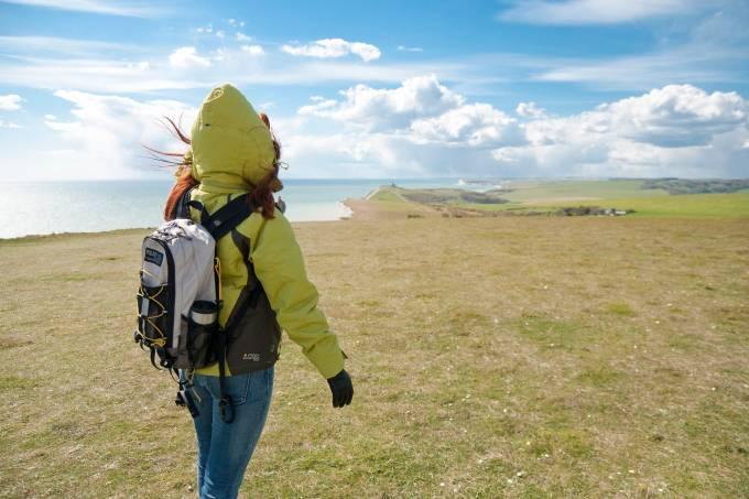 1 em cada 7 brasileiras vai viajar sozinha