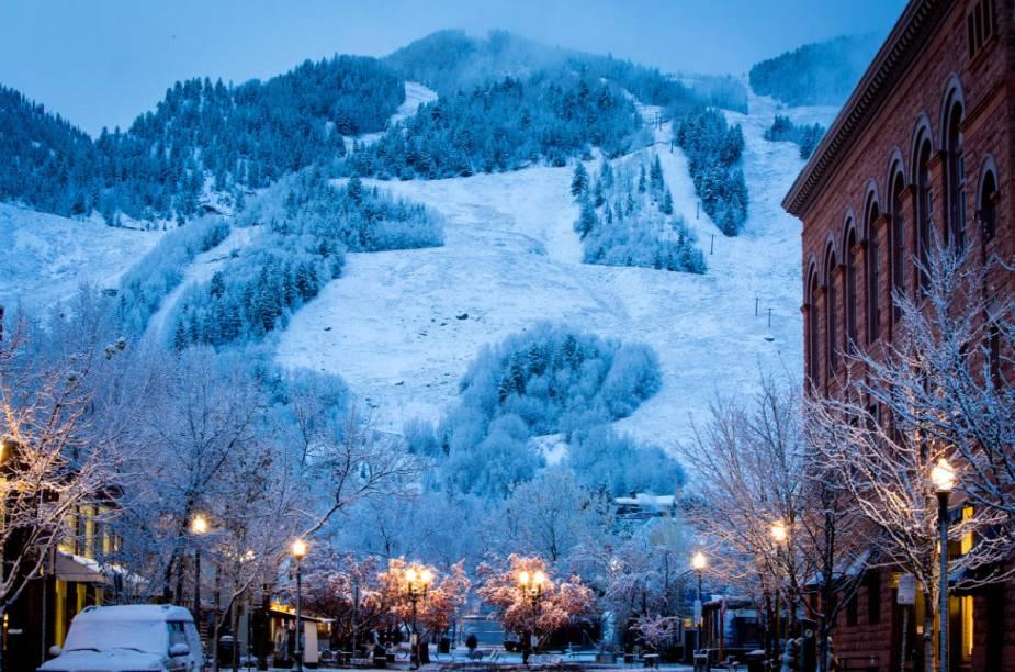 São quatro estações em diferentes montanhas: Aspen Mountain, Aspen Highlands, Buttermilk e Snowmass
