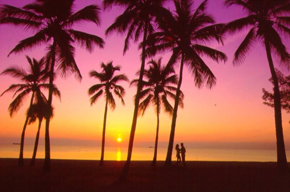 """Uma pequena extensão da dinâmica vizinha Miami, <a href=""""http://viajeaqui.abril.com.br/cidades/estados-unidos-fort-lauderdale"""" rel=""""Fort Lauderdale"""" target=""""_self"""">Fort Lauderdale</a> é a concretização do sonho americano com suas belas praias e diversos lugares para fazer compras"""
