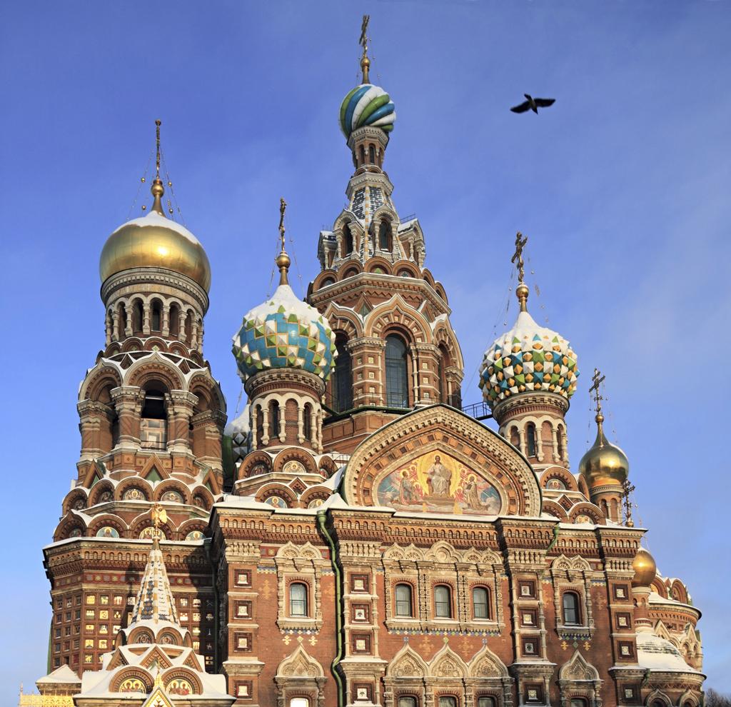 4. A Igreja de São Salvador sobre o Sangue Derramado, um dos cartões-postais de São Petersburgo, foi palco do assassinato de Alexandre II por terroristas, em 1881