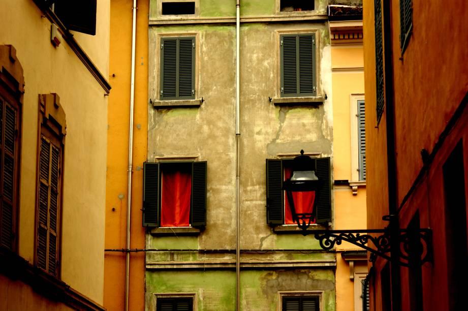 As cores tomam conta das ruas de Parma