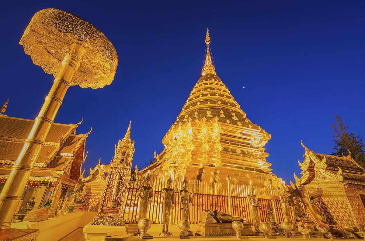 Templo Wat Phra That Doi, o mais importante de Chiang Mai, na Tailândia