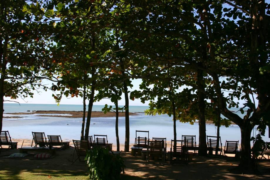 O acesso à pequena Vila de Caraíva é feito apenas por barco a partir de Nova Caraíva
