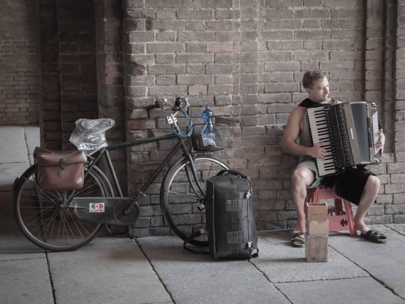 Músico de rua em Parma