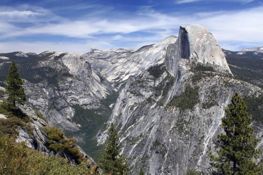 Meca dos montanhistas, Yosemite possui paredões de granito como o Half Dome
