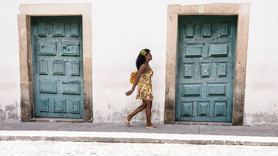 Vagar sem pressa pelo Pelourinho, circulando entre museus, ateliês e igrejas do Centro Histórico, é passeio obrigatório