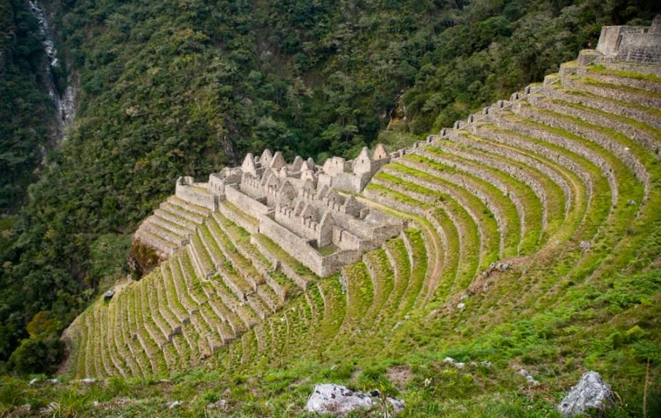 Ruínas de Winay Wayna, ao longo da trilha inca, em Machu Picchu