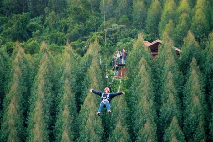 a-mega-tirolesa-de-monte-verde-divulga%c3%a7%c3%a3o