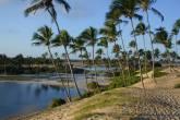 Aldeia hippie na Praia de Arembepe, na Bahia