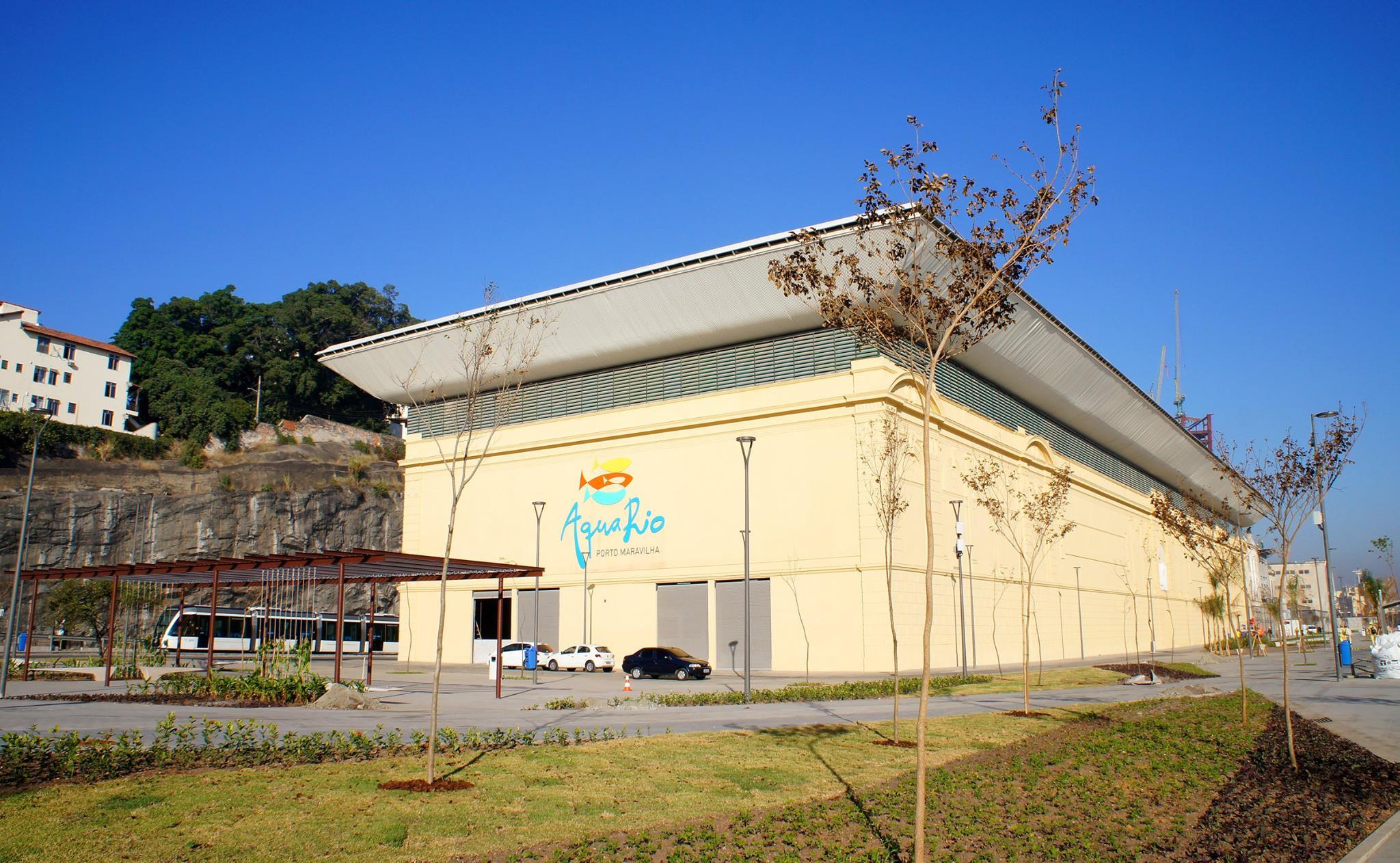 A fachada do AquaRio, que fica localizado na região do Porto Maravilha, próximo ao Museu do Amanhã (Crédito: Agnnaldo Motta/Divulgação)
