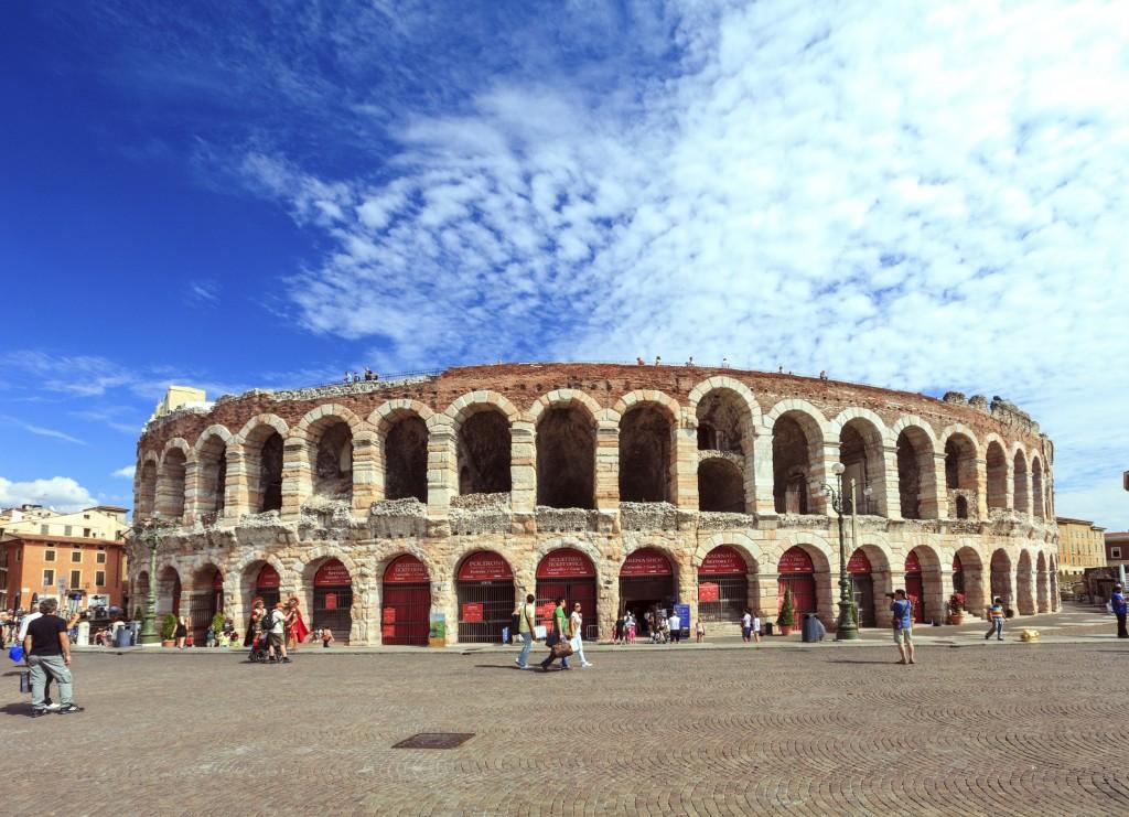 As ruínas da Arena de Verona, de arquitetura romana (foto: iStock)