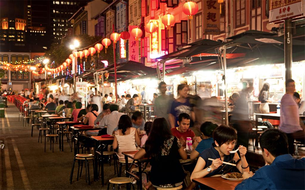 As barraquinhas de comida de rua de Chinatown, em Cingapura