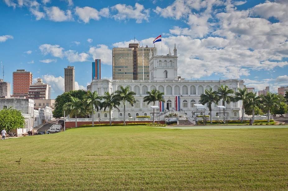Vários prédios históricos da cidade concentram-se na região central