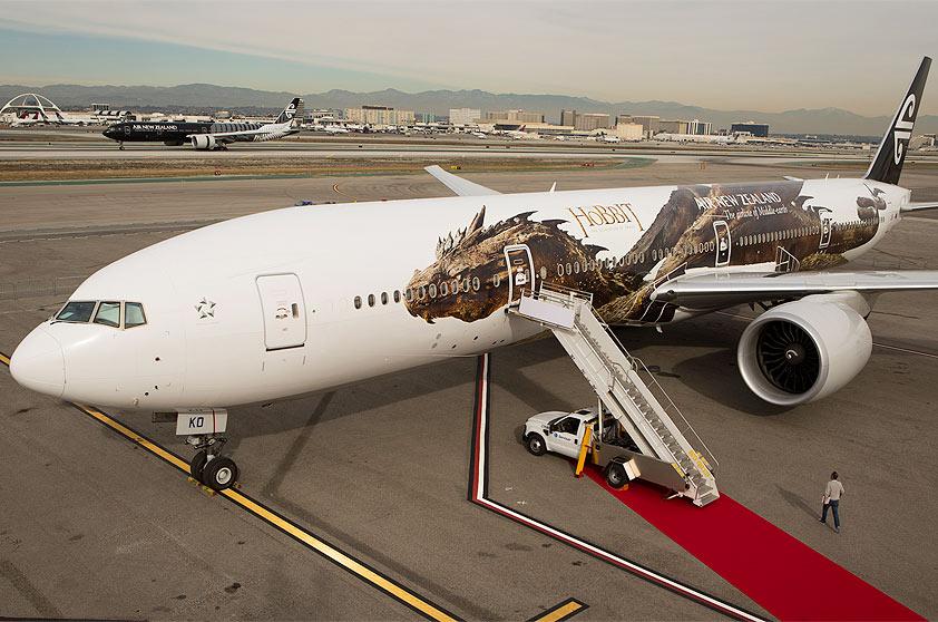 aviao-companhia-New-Zealand-Hobbit-777-300-smaurg-1