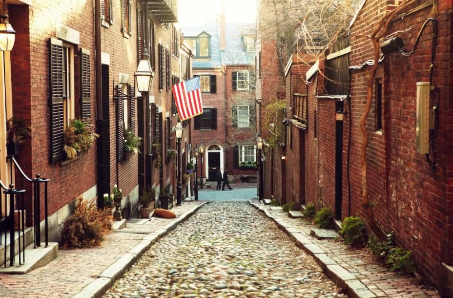 Ruas históricas de Beacon Hill. O bairro é super organizado e repleto de construções antigas bem conservadas