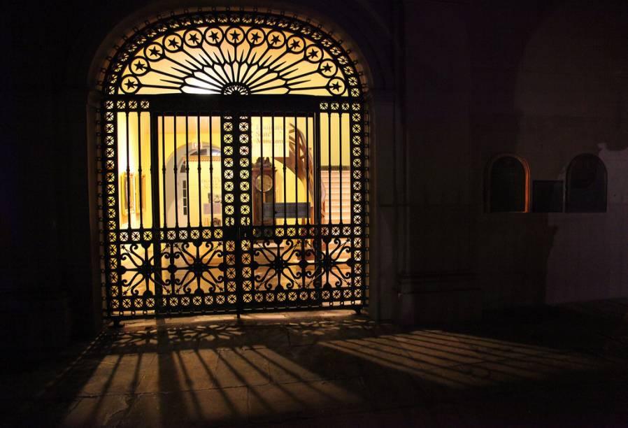 As artes decorativas em sacadas, portões e janelas estão sempre presentes nas casas históricas de Nova Orleans