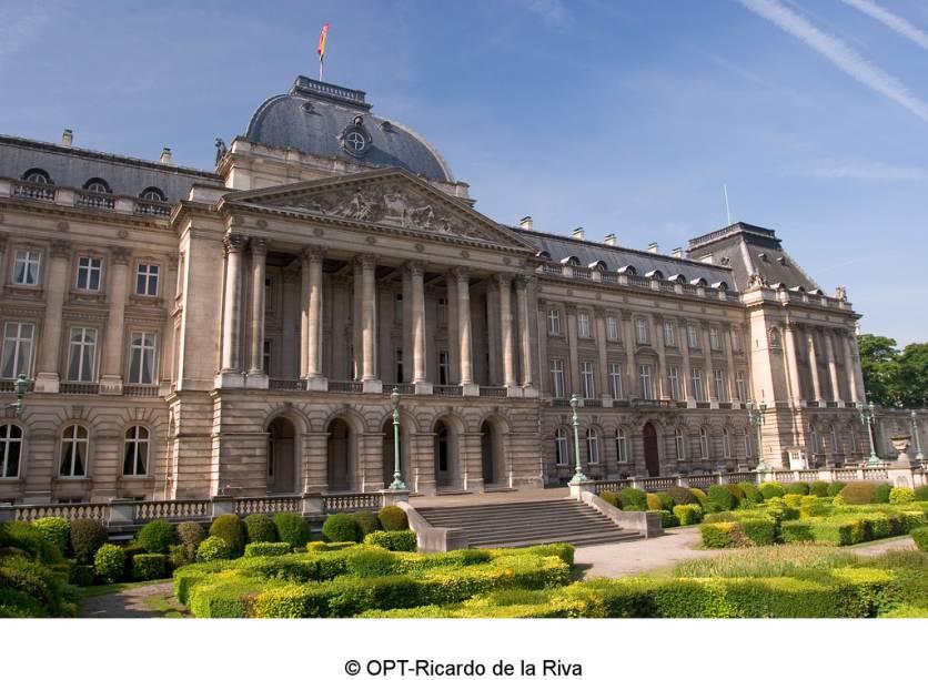 O Museu Nacional de Belas Artes, em Bruxelas, é um das principais galerias de arte do país com obras de mestres como van der Weyden, van Dyck e Rubens