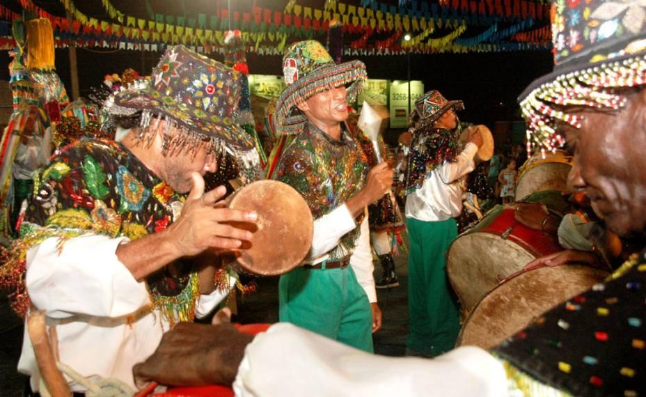 """Terra do Bumba meu Boi, o grupo Boi da fé em Deus há 73 anos que participa da festa popular em <a href=""""http://viajeaqui.abril.com.br/cidades/br-ma-sao-luis"""" rel=""""São Luís (MA)"""" target=""""_blank"""">São Luís (MA)</a>"""