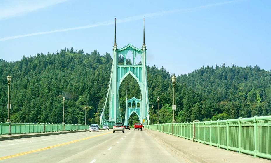 A beleza da St. Johns Bridge, em Portland, USA