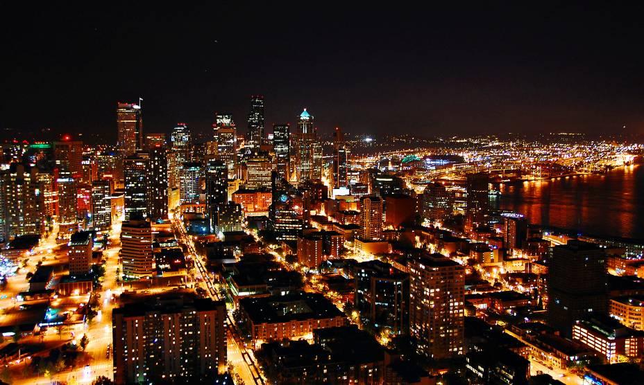 A noite de Seattle, em Washington, EUA