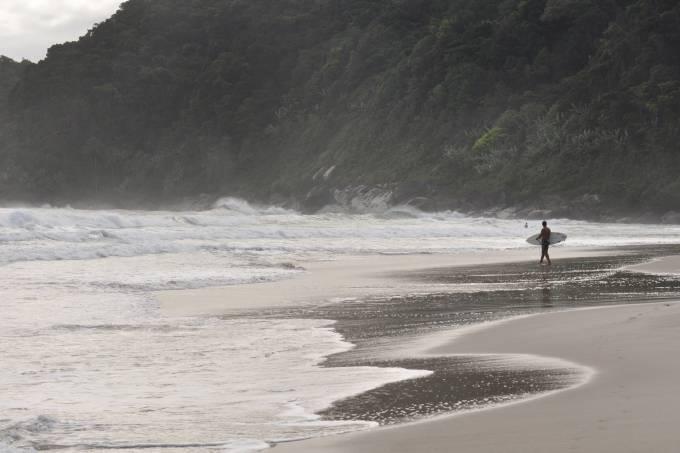 Cambury é a melhor de SP pra surfar segundo usuários do Foursquare / Guilherme Tosetto