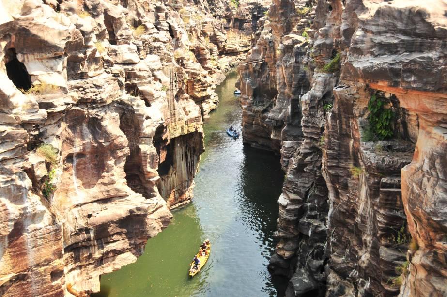 """O cânion do rio Poti é uma das atrações pouco conhecidas do Piauí; trata-se de uma fenda geológica situada na Serra da Ibiapaba, entre os estados de Piauí e <a href=""""http://viajeaqui.abril.com.br/estados/br-ceara"""" rel=""""Ceará"""" target=""""_blank"""">Ceará</a>"""