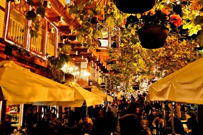 Em Capivari, encontram-se a maior parte dos restaurantes e bares de Campos do Jordão (foto: Deni Williams/Flickr)
