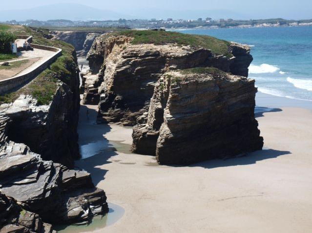 Playa de las Catedrales: parece Portugal, mas é Galícia