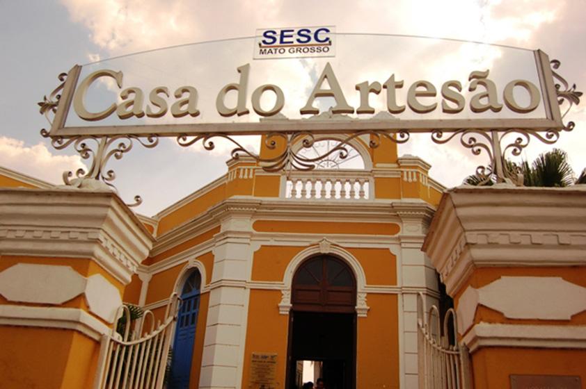 Tombada pelo patrimônio histórico, a Casa do Artesão de Cuiabá (MT) reúne artesanato de todo o estado