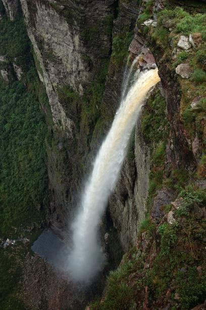 Cachoeira da Fumaça, no Vale do Capão. Para ser recompensado pela bela paisagem, é preciso enfrentar uma caminhada de duas horas por um terreno íngreme