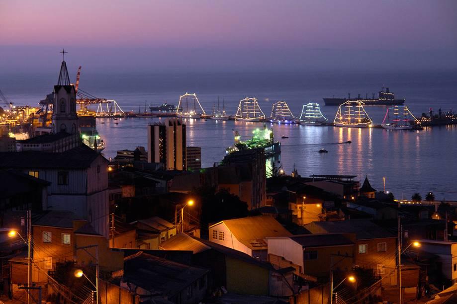 Vista da zona portuária de Valparaíso, o segundo destino mais procurado pelos turistas que se aventuram pelo Chile e que não deve em nada para sua badalada capital, Santiago
