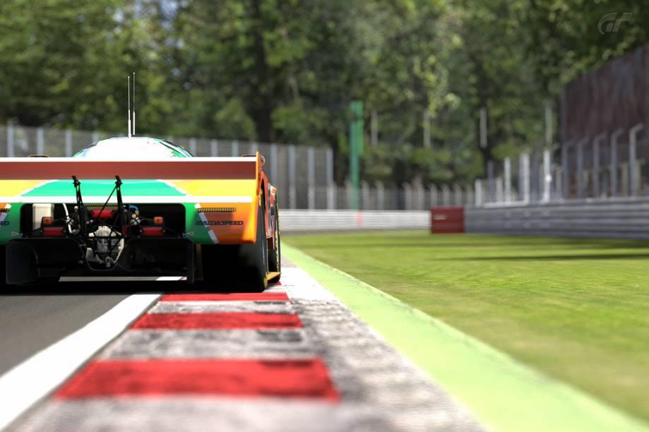 O autódromo de Monza é um popular passeio nos subúrbios de Milão