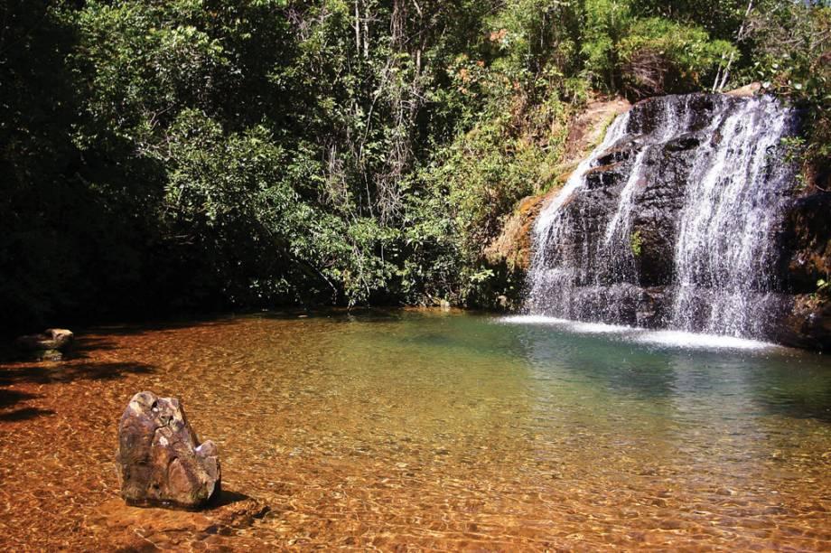 Para quem quer fugir das águas termais o Parque Estadual da Serra de Caldas (GO) conta com Cachoeiras com poços de águas cristalinas para um banho gelado