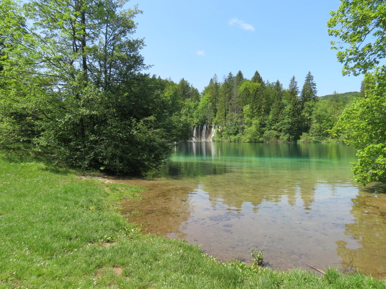 Parque Nacional dos Lagos de Plitvice: dá pra fazer uma paradinha de algumas horas no caminho de Zagreb a Zadar. Prepare-se para a muvuca absurda durante o verão.
