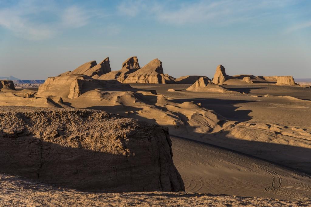 Formação rochosa no Deserto de Lut, no Irã (foto: iStock)
