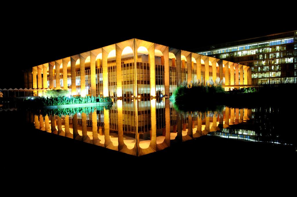 Sede do Ministério das Relações Exteriores, o Palácio do Itamaraty abriga obras de Alfredo Volpi, Athos Bulcão, Lasar Segall e Victor Brecheret