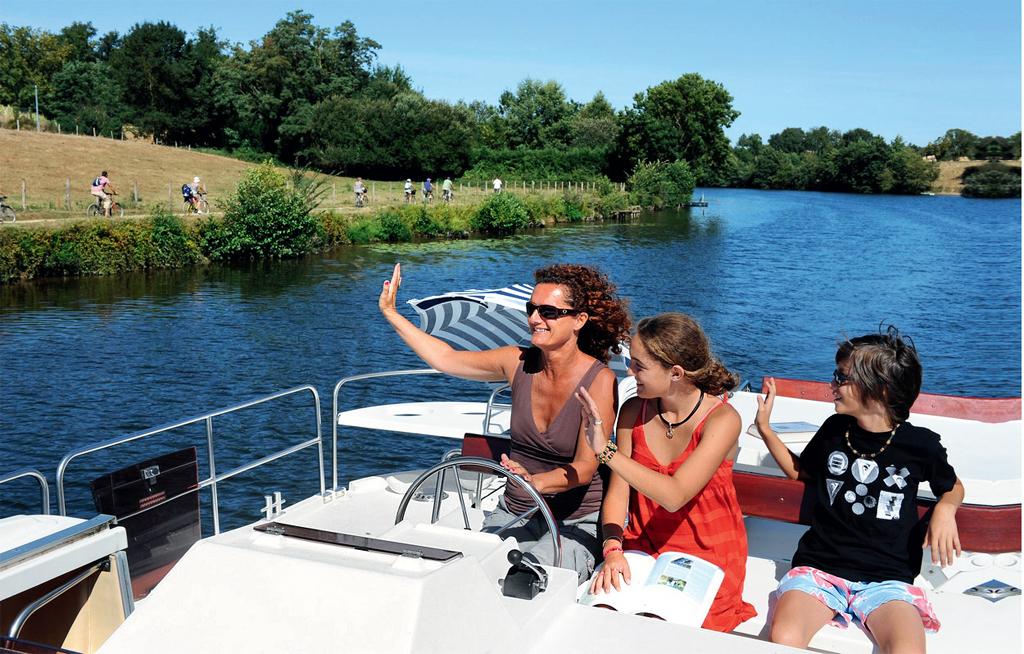 Dia de navegação pelos canais