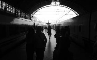 Dicas para quem viaja no trem bala de Barcelona a Paris