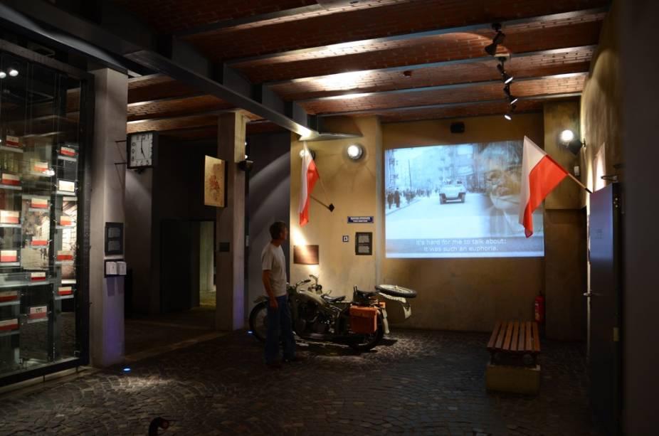 Com excelente curadoria e recursos multimídia, o Museu do Levante de 1944 reconta a dramática história da resistência anti-nazista