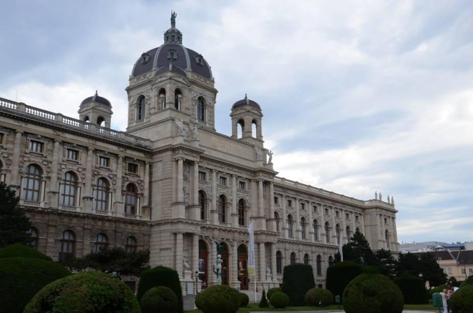O Museu Kunsthistorisches é um dos melhores museus da Europa, abrigando importantes coleções de arte antiga - como na ala dedicada ao Egito, e sua impressionante pinacoteca com obras de mestres como Brueghel, Rafael e Velasquez