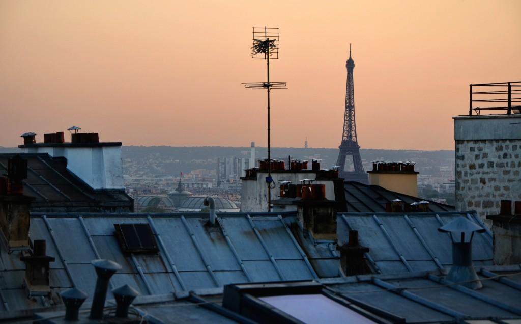 Pontos altos como Montmartre são os melhores para registar o dia indo embora