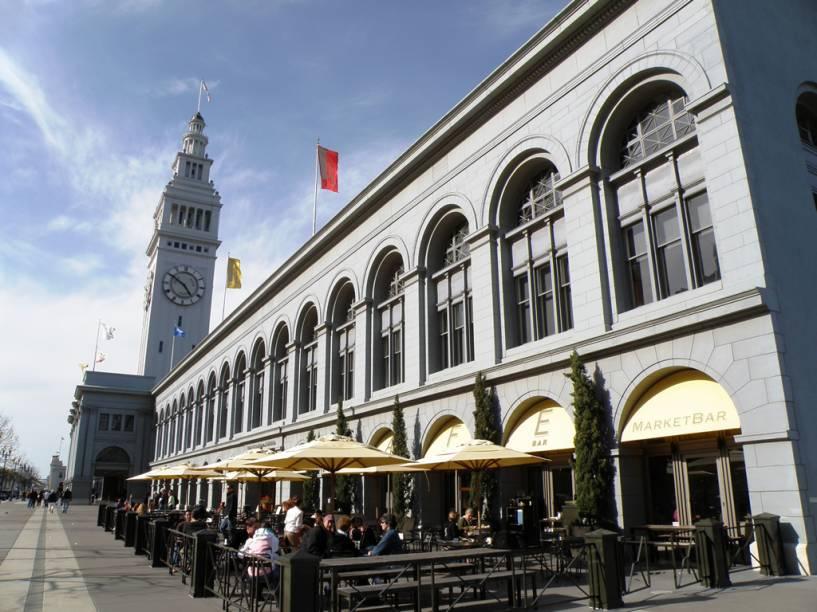 Terminal de ferries de São Francisco, que abriga um charmoso mercado