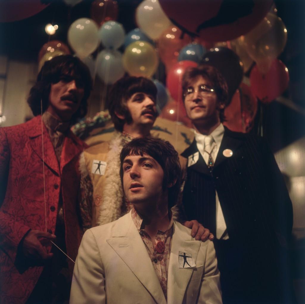 Em 1964, antes de gravar o especial One World, transmitido em 24 países / Hulton Archive/Getty Images